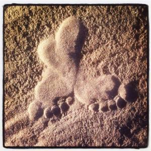 love_barefoot